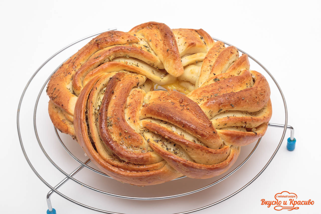 bread-with-herbs-21